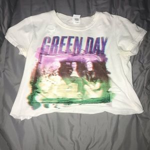 Hot Topic Distressed Green Day Band Tee